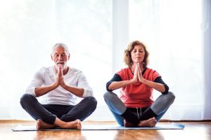 How to Lower Eye Pressure Through Glaucoma Medication and Meditation
